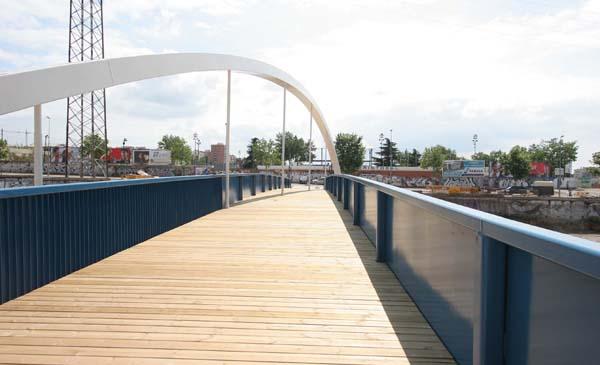 Pasarela de la Amistat. Terrassa. Fuente: Enginyeria Reventós, SL.