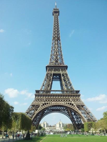 La Torre Eiffel, París. Símbolo de la modernidad. Fuente: Travelmozo