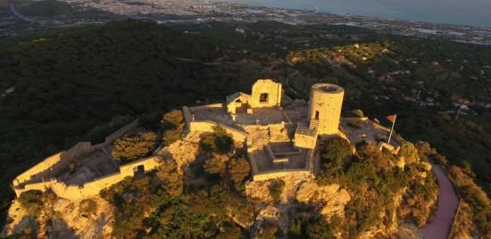 Proyecto finalista de los Premios dobooku 2015: Projecte constructiu de la restauració i rehabilitació del castell de burriac a Cabrera de Mar. Autor: J. Javier Espin Robles.