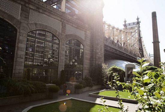 Accesos al puente de Queensboro que une Queens con Manhattan en NYC (RTVE)