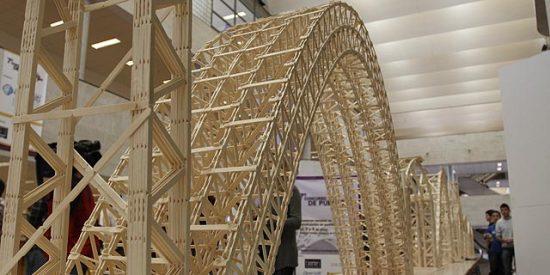 Concurso de Puentes de Palillos (El Mundo)